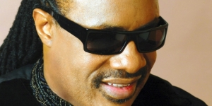 stevie-wonder-lahir-13-mei-1950